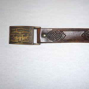 VTG 70s LEVI'S Belt Buckle + tooled leather belt